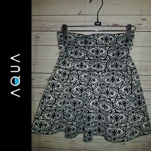 Aqua Clothing Full Skirt | Size Medium